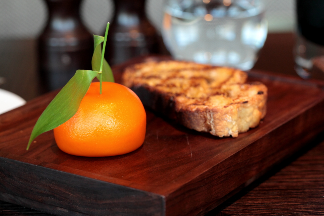 the-most-prestigious-restaurants-in-the-world-7.-meat-fruit-at-dinner-by-heston-blumenthal-london.jpg